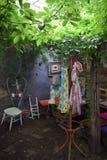 Giardino trasformato in uno studio di arte Immagine Stock Libera da Diritti