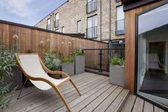 Giardino urbano del balcone Immagini Stock Libere da Diritti