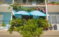 piccolo giardino sul balcone fotografia stock - immagine: 38097422 - Piccolo Giardino Sul Balcone