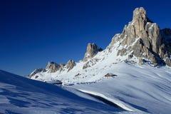 Giau Durchlauf-Dolomit Stockfotos