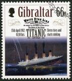GIBILTERRA - 2012: la poppa di manifestazioni aumenta e comincia affondare, il 15 aprile 1912, centenario titanico 1912-2012 di s Fotografie Stock