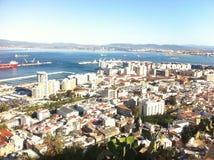 Gibilterra, vista dalla montagna, ha unito Kindom Fotografia Stock