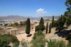 Gibralfaro城堡和马拉加鸟瞰图在安大路西亚,西班牙 库存照片