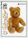 GIBRALTAR - 2015: zeigt Teddybären ein weiches Spielzeug, Reihe Europa-alte Spielwaren Stockbild