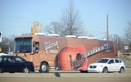Gibson Guitar Factory Bus Memphis, Tennessee. Gibson Guitar Corporation is an American maker of guitars and other instruments, now based in Nashville, Tennessee Royalty Free Stock Image
