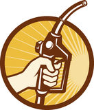 Gicleur de pompe à essence de gaz de fixation de main Photo libre de droits