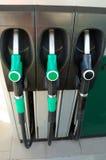 Gicleurs de gaz à la station service Images libres de droits