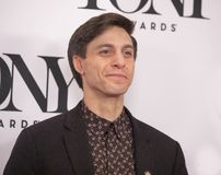 Gideon Glick en Tony Awards Meet 2019 los candidatos presiona el dulce de leche cuajada imagenes de archivo