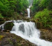 Giessbach cade con le cascate multiple dell'acqua - un turista nascosto Immagine Stock Libera da Diritti