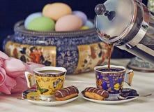 Gieten van de Pers van de koffie het Franse Royalty-vrije Stock Afbeeldingen