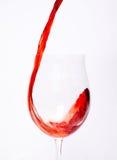 Gietende wijn Stock Foto's