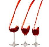 Gietende wijn Stock Afbeeldingen