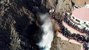 Gietgal van La Bufadora, beroemde aantrekkelijkheid Ensenada stock video