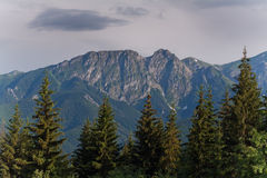 Giewont de Gubalowka. Montañas de Tatra. Polonia. Imagenes de archivo