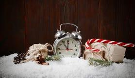 GIF del vintage del canela de las ramas del abeto de la composición del Año Nuevo de la Navidad Imágenes de archivo libres de regalías