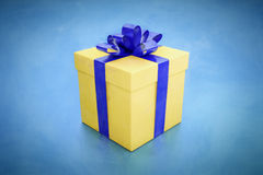 Gift box blue Royalty Free Stock Photography
