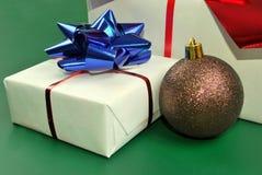 Gift box and Christmas ball Royalty Free Stock Photos