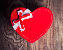 Gift box in a form of heart Royalty Free Stock Photos