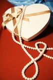 Gift box,pearls Royalty Free Stock Photography