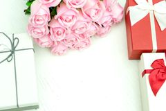 gift box with pink rose flower for lover valentine Royalty Free Stock Photos