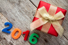 Gift box and a 2016 sign Royalty Free Stock Photography