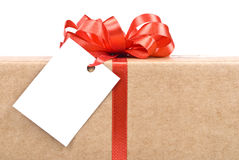 Gift box with tag Royalty Free Stock Photography
