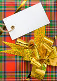 Gift box with tag price Royalty Free Stock Photos
