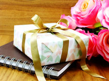 Gift boxs pressent with ribbon decorations Royalty Free Stock Photography