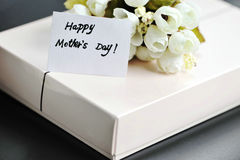 Gift With Happy Mothers Day Card Royalty Free Stock Photography