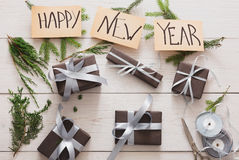Gift het verpakken Verpakkings modern nieuw jaar huidig in dozen royalty-vrije stock fotografie