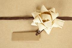 Gift met leeg etiket Royalty-vrije Stock Foto's