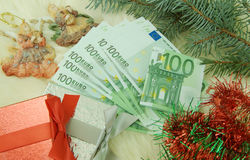 Gift with money Royalty Free Stock Photography