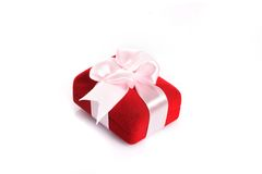 Gift with pink ribbon Royalty Free Stock Photos
