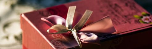 Gift in retro style Royalty Free Stock Images