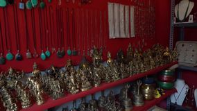 Gift shop in India without people. Hampi Karnataka India march 23 2019: Gift shop in the village of Hampi stock footage