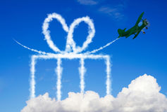 Gift symbol made of clouds Royalty Free Stock Photography
