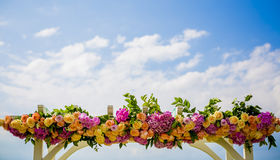 Gifta sig bågen Arkivfoto