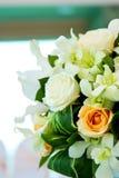 Gifta sig blommabukett Arkivbild