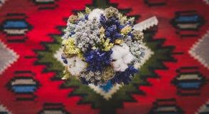 Gifta sig blommabuketten Arkivfoto