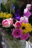 Gifta sig blommabuketten Royaltyfria Bilder