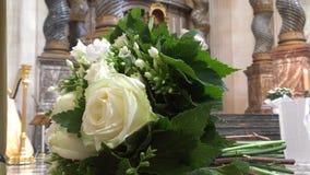 Gifta sig blommabuketten arkivbild