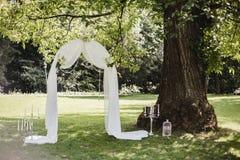 Gifta sig blommadekorcirklar Royaltyfri Foto