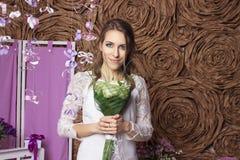 Gifta sig den härliga bruden Royaltyfria Bilder