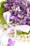 Gifta sig den violetta buketten Royaltyfria Foton