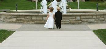gifta sig för 2 barn Royaltyfria Foton