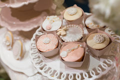 gifta sig för muffiner arkivbilder