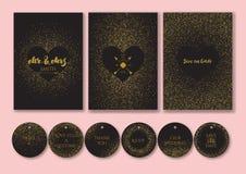 Gifta sig fastställda kort och etiketter med abstrakta guld- konfettibakgrunder Arkivbilder