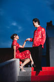 Gifta sig kinesisk rörelseförälskelse för par Royaltyfri Bild
