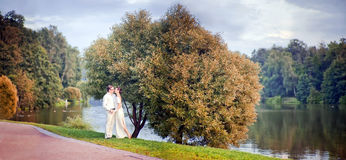 Gifta sig par Royaltyfri Bild