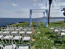 Gifta sig stället Tenerife på havet arkivbilder
